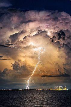 Certains d'entre nous semblent bien trop souvent l'oublier : la nature est supérieure à tout ! Quand elle se déchaîne, il n'y a pas grand-chose à faire si ce n&rsq...