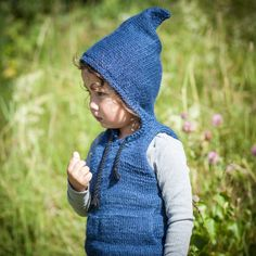 Pattern on PDF for Alvevest / elf vest (norwegian and english version)Sizes - yearsYarn - double thread alpaca silk from Sandnes garn 15 Knitting For Kids, Baby Knitting Patterns, Knitting Projects, Circular Needles, Baby Makes, 6 Years, Pixie, Elf, Knitwear