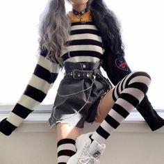 yurikosu yurikosu Fall fashion women who looks great . Style Outfits, Edgy Outfits, Teen Fashion Outfits, Mode Outfits, Grunge Outfits, Cute Casual Outfits, Girl Outfits, Flannel Outfits, Beach Outfits