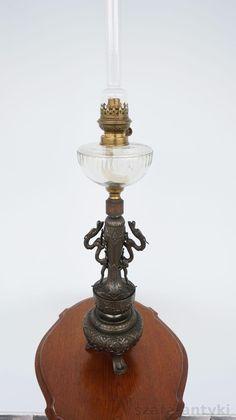 Piękna lampa naftowa figuralna !!! (Antyki i Sztuka Antyki Oświetlenie Lampy naftowe)