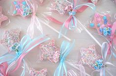 Cookie wand:  cute party favor to take home.