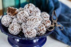 Chokladbollar   Fredriks fika Swedish Recipes, Fika, Baking Recipes, Cereal, Bakery, Goodies, Food And Drink, Breakfast, Desserts