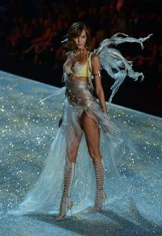 Fasten Your Garter Belts For the Victoria's Secret Fashion Show!