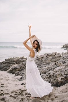 Adventures with Bethany Marie featuring Spell by Bryon Bay – Officially Quigle… – Photography, Landscape photography, Photography tips Summer Photography, Candid Photography, Documentary Photography, Beach Fashion Photography, Close Up Portraits, Beach Portraits, Chapeau Cowboy, Poses Photo, Beach Shoot