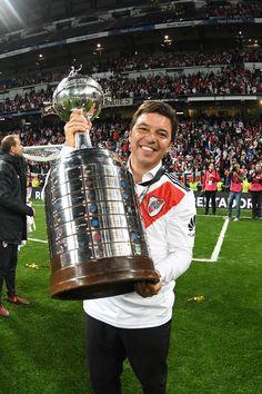 """La felicidad de Gallardo: """"Es algo imborrable y eterno"""" El Muñeco rompió el silencio luego de ganarle la Libertadores a Boca y aseguró que """"regalarle esta victoria al hincha fue una caricia y un abrazo al corazón""""."""