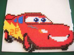 sandylandya@outlook.es  Cars Flash McQueen hama perler by Jojo La Stouflette