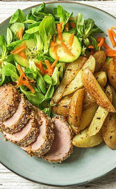 Step by Step Rezept  Kochen / Essen / Ernährung / Lecker / Kochbox / Zutaten / Gesund / Schnell / Frühling / Einfach / DIY / Küche / Gericht / Blog / Leicht / selber machen / backen  / 30 Minuten / Laktosefrei / Filet / Schwein / Schweinefilet / Kartoffel   #hellofreshde #kochen #essen #zubereiten #zutaten #diy #rezept #kochbox #ernährung #lecker #gesund #leicht #schnell #frühling #einfach #küche #gericht #trend #blog #selbermachen #backen #schwein #schweinefilet #kartoffel #filet…