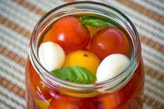 Przetwory Marynowane pomidorki koktajlowe