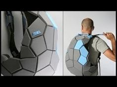 Futuristic Turtle Shell backpack Meiosis by Davidi Galid Cool Technology, Technology Gadgets, Tech Gadgets, Futuristic Technology, Geeks, Materiel Camping, Moda Pop, Yanko Design, Cool Backpacks