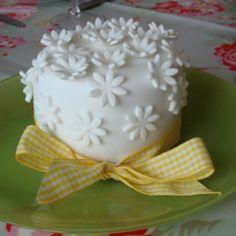 White flower  Easter cake