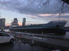 Verhalen  25 november 2015 aan de Parkkade te Rotterdam  http://koopvaardij.blogspot.nl/2015/11/verhalen_26.html