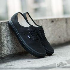 Vans Authentic Canvas Black za skvělou cenu 1 290 Kč koupíte na Footshop.cz