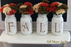 An adorable fall craft using mason jars. Get the step by step instructions!