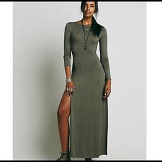 Free people maxi Perfect condition. Brand new. Soft material. Slit that goes to your hip. Got a size Small when I should have gotten XS :( when I sell this one I'm immediately buying it in a size XS, it's such a beautiful dress !! :) Free People Dresses Maxi