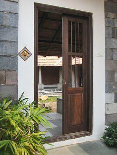 Centre for Vernacular Architecture Trust :: Gallery Door Design Interior, Main Door Design, Entrance Design, Home Room Design, Village House Design, Kerala House Design, Village Houses, Kerala Architecture, Vernacular Architecture