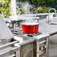 Planning an outdoor kitchen? Our editors tell you where to splurge and how to save. | Photo: Caren Alpert | thisoldhouse.com