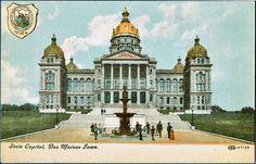 Vintage postcard -- Des Moines State Capitol