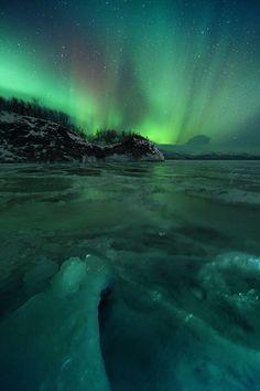 Aurora Lake Tornetrask, Abisko - Sweden