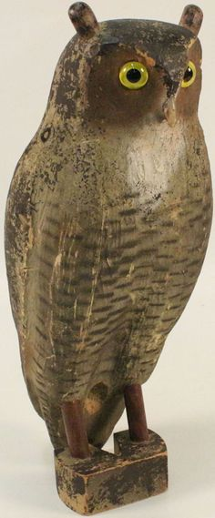 Herters Inc., Waseca, MN, Balsa Wood Owl with Bear Claw nose, 19'' tall, glass eyes, wood ears, shows light scuffing, original paint.