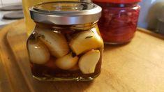 Kotikokista löydät ohjeet siihen, miten säilötyt valkosipulit valmistetaan. Reseptiä katsottu 4477 kertaa. Katso tämä ja sadat muut reseptit sivuiltamme! Pickles, Cucumber, Canning, Food, Essen, Meals, Pickle, Home Canning, Yemek