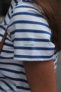 Gimme Glamour: Saint James Stripes Saint James Clothing, Summer Chic, Spring Summer Fashion, Breton Shirt, Style Scrapbook, French Outfit, Breton Stripes, Nautical Stripes, Club Tops