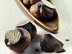 Bigne al cioccolato con mousseline e cannella