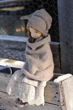 Melina in her winter clothes, a Mannikin style, natural fiber art doll by Fig and me. Wearing victorian lace and Merino clothing. Doll Crafts, Diy Doll, Fabric Dolls, Paper Dolls, Doll Toys, Baby Dolls, Sewing Dolls, Little Doll, Waldorf Dolls