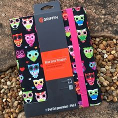 Griffin Passport Wide Eyes iPad Case Griffin Passport Wide Eyes iPad 3 Generation iPad 2 Case. This one-piece folio flips open like a book to reveal your multi-touch display & closes for privacy & protection. Durable, colorful outer finish decorated with a flock of stylized owls. Soft Microsuede inside lining protects your iPad from scratches & smudges. Elastic bands at the corners hold your iPad in place, with a strategically placed porthole for your camera lens. An elastic band closure…