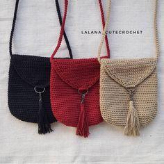 Crochet Handbags Crochet Purses Crochet Shell Stitch Purse Patterns Shoulder Bag Purses And Bags Fashion Mint Bag Handmade Bags Crochet Wallet, Crochet Clutch, Crochet Handbags, Crochet Purses, Crochet Gifts, Cute Crochet, Crochet Bags, Crochet Phone Cases, Crochet Shoulder Bags