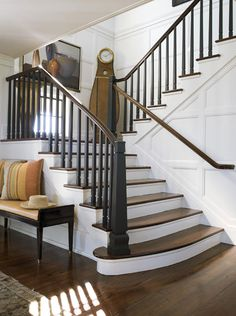 I wish my stair case looked like this, there are so many neat ideas to personalize them!!!!