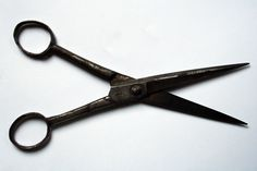 rough oxide black vintage scissor