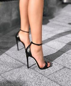 11 Fabulously Gorgeous Heels For Women Who Love To Look Trendy 11 Fabulously Gorgeous Heels For Women Who Love To Look Trendy,Feet…. and Heels! 11 Fabulously Gorgeous Heels For Women Who Love To Look. Trendy Shoes, Cute Shoes, Women's Shoes, Shoes Sneakers, Talons Sexy, Gorgeous Heels, Black High Heels, Black Stiletto Heels, Black Pointed Heels