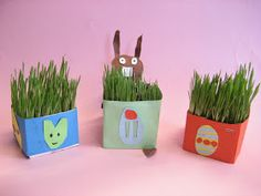 Kuvis ja askartelu: Pääsiäisruohot maitopurkeissa Easter Crafts, Planter Pots, Plants, Preschool, Ideas, Kid Garden, Plant, Kindergarten, Thoughts
