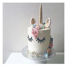 ✨ . . . #unicorn #unicorncake #unicornwedding #unicornweddingcake #magicalcake