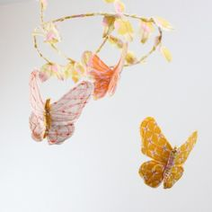 so cute for a little one : paper butterfly mobile