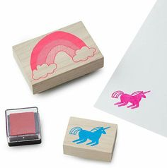 Unicorn & Rainbow Stamp Kit for art journals, bullet journals, or fun! Easy Crafts For Kids, Easy Diy Crafts, Diy For Kids, Fun Crafts, Cool Gifts For Kids, Kids Gifts, Gifts For An Artist, Do It Yourself Crafts, Best Birthday Gifts