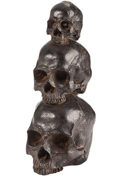 Use this stacking skull on your Halloween table or place it under a cloche for a delightfully creepy centerpiece.