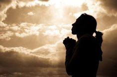 What does praising God look like? The prayers of praise in the Bible give us insight into the characteristics of our great God and how to express thanks to Him. Prayer Of Praise, Prayer For You, Fervent Prayer, Lord's Prayer, Prayer Board, Prayers Before Surgery, Surgery Prayer, Lucas 11, Soul Cleansing