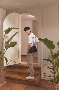 Cha Eunwoo on K-Swiss 2019 S/S Lookbook #ASTRO #아스트로 #ChaEunwoo #차은우 Cha Eun Woo, Cha Eunwoo Astro, Astro Wallpaper, Lee Dong Min, Sanha, Kdrama Actors, Handsome Boys, True Beauty, K Pop