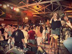 Dayse do Banjo na Feijoada do Traço de União. Sábado. 11 de agosto de 2012.