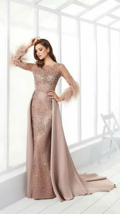 Hijab Prom Dress, Muslimah Wedding Dress, Hijab Evening Dress, Evening Dresses, Elegant Dresses, Beautiful Dresses, Formal Dresses, Simple Long Dress, Bridal Dresses