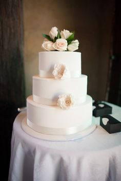Queenstown, New Zealand Wedding from Alpine Image Company Wedding Planner, Destination Wedding, Flower Room, Wedding Day Inspiration, Dessert Table, New Zealand, Wedding Cakes, Floral Design, Dream Wedding