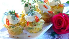 Win the hearts of your family and loved ones with these tasty mini corn frittatas made with fresh cream and spring onions. Vegetable Recipes, Vegetarian Recipes, Healthy Recipes, Posh Nosh, Mini Frittata, Easy Dinner Recipes, Easy Recipes, Amazing Recipes, Good Food