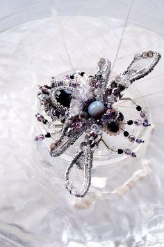 Designer's jewelry Bumblebee brooch nature by PurePearlBoutique, Agija Rezcova