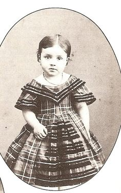 Infante Maria de las Mercedes (1860-1878) fille du prince Antoine d'Orléans et de l'infante Louisa Fernanda