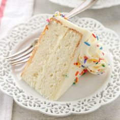 The BEST White Cake Recipe - Live Well Bake OftenThis is my favorite white cake recipe! This cake is light, tender, moist, and topped with a delicious vanilla buttercream frosting. Easy Desserts, Delicious Desserts, Dessert Recipes, Recipes Dinner, Paleo Dessert, Holiday Desserts, Holiday Baking, Dessert Ideas, Amazing White Cake Recipe