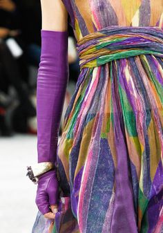 So High |  Free Fingers Leather Color Block Gloves   Fashion Trend for Fall Winter 2012 |  Chanel Fall Winter 2012
