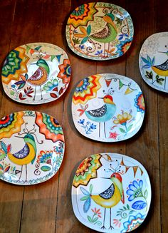 Beautiful Pottery and planters make the plants look more beautiful and these Pottery painting ideas can definitely beautify them Painted Plates, Hand Painted Ceramics, Porcelain Ceramics, China Porcelain, Porcelain Tiles, China Painting, Ceramic Painting, Ceramic Art, Pottery Plates
