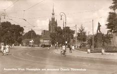1950's. A view of the Nassauplein in Amsterdam. On the right the statue of Domela Nieuwenhuis. Photo Jeroen Epema. #amsterdam #1950 #Nassauplein