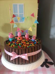 Peppa Pig Muddy Puddle Cake